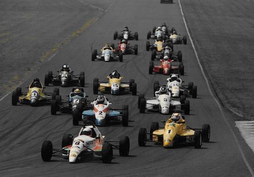 Formula Ford 1800 Zetec Giorgio Vinella 1995 Olympic Motorsport French Championship Croix en Ternois leading first corner race winner