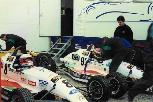 Formula Ford 1800 Zetec Giorgio Vinella 1995 foto box Olympic Motorsport Slick50 British Championship gara Brands Hatch