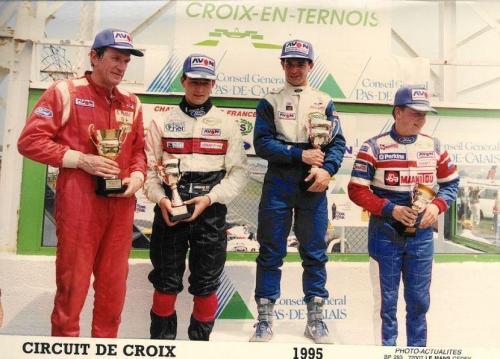 Formula Ford 1800 Zetec Giorgio Vinella 1995 foto podio Campionato Francese gara Croix en Ternois vittoria gara con Patrice gay e David Terrien