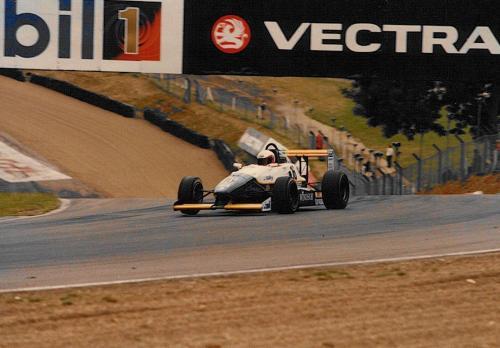 Giorgio Vinella Formula Renault 2000 1996 Brands Hatch British championship Manor Motorsport Van Diemen Druids corner 2