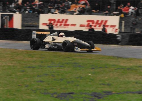Giorgio Vinella Formula Renault 2000 1996 Brands Hatch British championship Manor Motorsport Van Diemen exit Druids corner