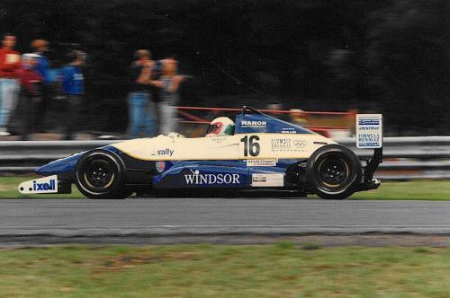 Giorgio Vinella Formula Renault 2000 1996 Oulton Park British championship Manor Motorsport Van Diemen last corner
