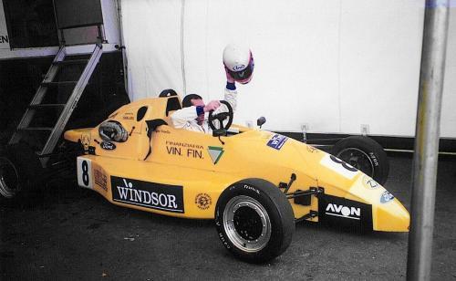 Giorgio Vinella Formula Ford 1996 Gara Brands Hatch Mygale Graff racing di Jean Philippe Grand