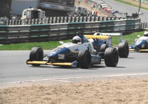 Giorgio Vinella Formula Renault 2000 1996 Brands Hatch British championship Manor Motorsport Van Diemen rettilineo partenza
