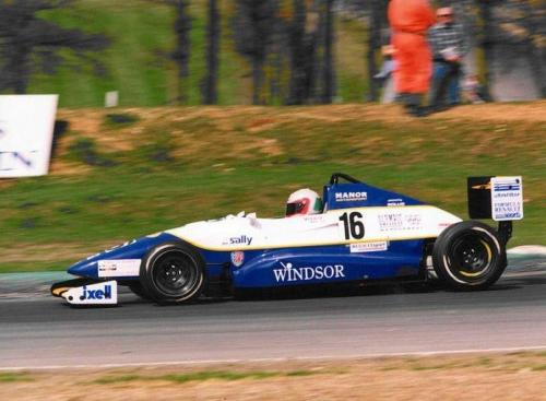 Giorgio Vinella Formula Renault 2000 1996 Oulton Park British championship Manor Motorsport Van Diemen prima curva