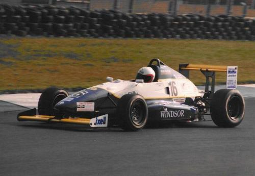 Giorgio Vinella Formula Renault 2000 1996 Oulton Park British championship Manor Motorsport Van Diemen rettilineo di partenza