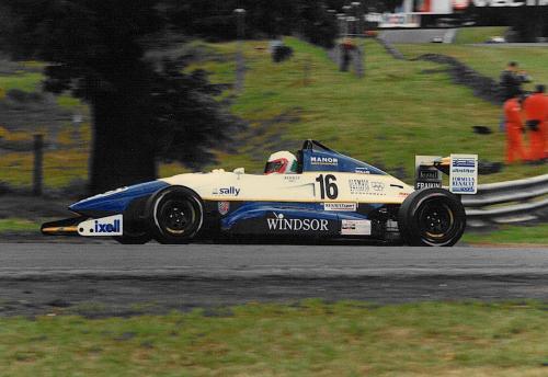 Giorgio Vinella Formula Renault 2000 1996 Oulton Park British championship Manor Motorsport Van Diemen salita