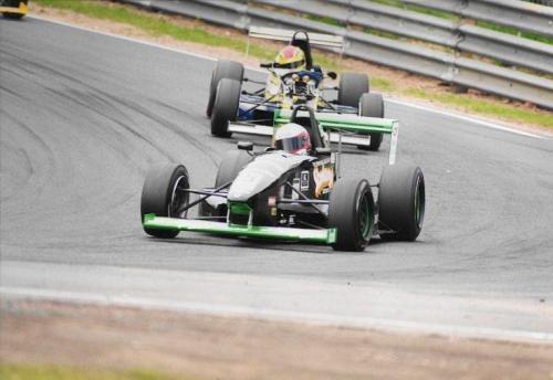Giorgio Vinella Formula Renault 2000 1997 Oulton park British championship Martello Racing Van Diemen  first corner