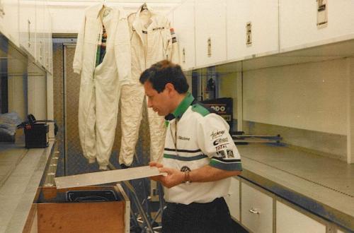 Giorgio Vinella Formula Renault 2000 1997 Silverstone British championship Martello Racing Van Diemen Mick Kouros race engineer
