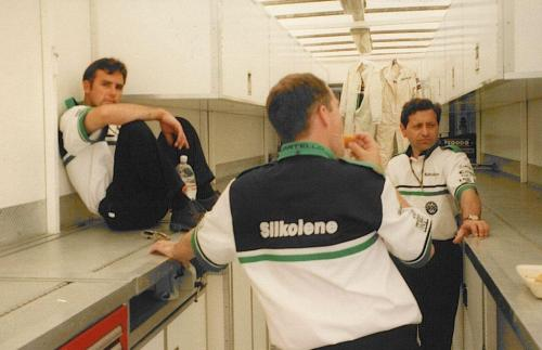 Giorgio Vinella Formula Renault 2000 1997 Silverstone British championship Martello Racing Van Diemen Mick Kouros race engineer briefing