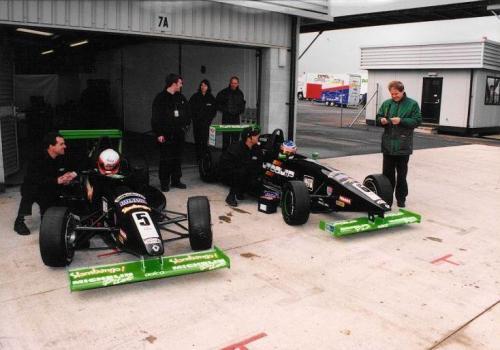 Giorgio Vinella Formula Renault 2000 1997 Silverstone British championship Martello Racing Van Diemen  box pit lane