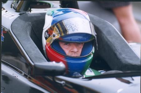 Giorgio Vinella Campionato Formula 3000 1999 Imola Team Martello Racing primo piano