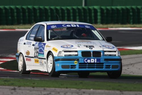 Giorgio Vinella Campionato Italiano Turismo Endurance Baroncini 2009 Campioni Imola Misano Adria Mugello BMW E36 1