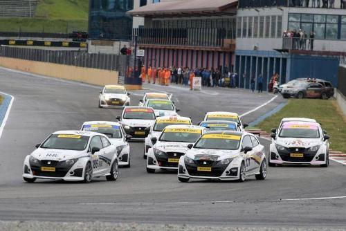 Giorgio Vinella 2011 Ibiza Cup Baroncini Seat Motorsport Imola Mugello Franciacorta Championship Win