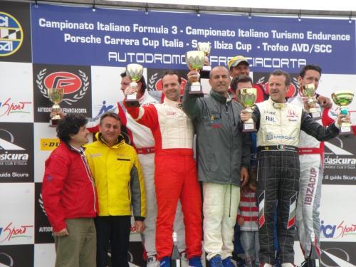 Giorgio Vinella 2011 Ibiza Cup Baroncini Seat Franciacorta podio Ivan Capelli Vittoria Campionato 1