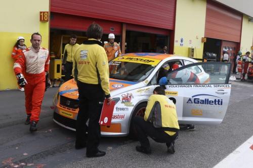 Giorgio Vinella 2014 Seat Motorsport Ibiza Cup 4 hours Mugello Capriati podium driver change 4 box