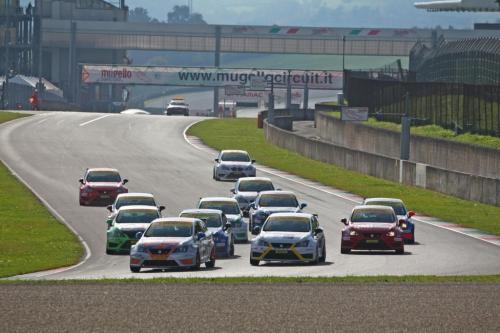 Giorgio Vinella 2014 Seat Motorsport Ibiza Cup 4 hours Mugello Capriati podium race start first corner 2