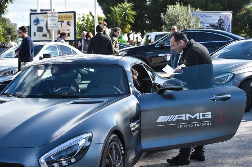 Giorgio Vinella evento AMG Maldarizzi Motoria Bari 2016 spiegazioni clienti