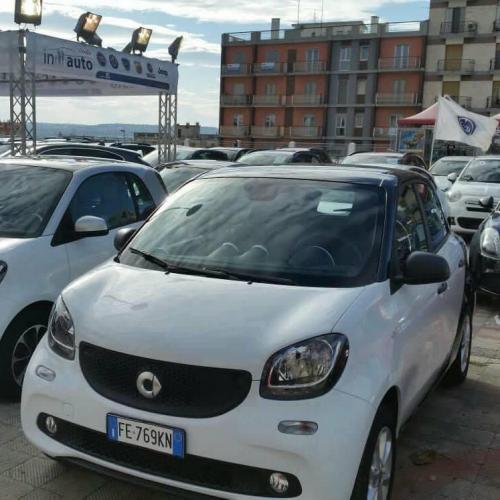 Giorgio Vinella evento Gold Week concessionaria In-Auto Putignano auto nuove usate e Km 0