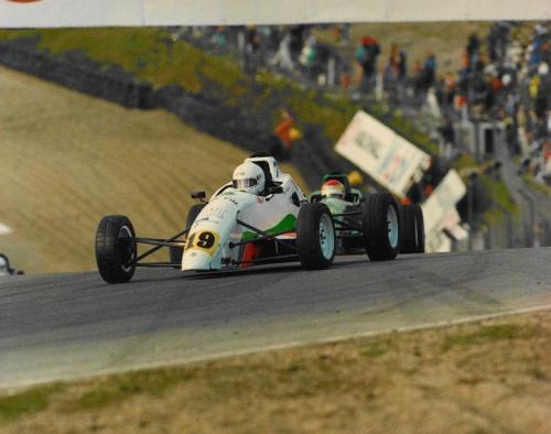 Giorgio Vinella Formula Ford 1800 Zetec British Championship 1994 Brands Hatch curva Druids