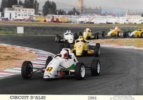Giorgio Vinella Formula Ford 1800 Zetec Campionato Francese 1994 Grand Prix d'Albi in testa alla gara Olympic Motorsport